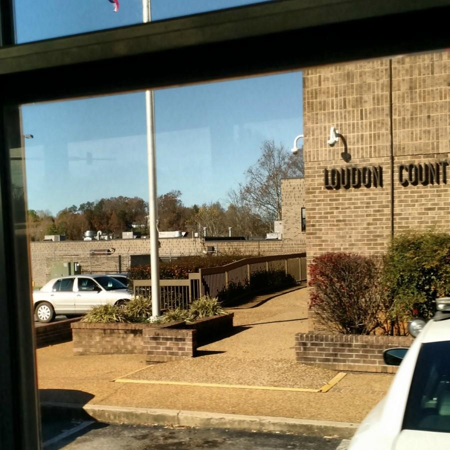 Loudon+County+Justice+Center+from+view+of+student+on+bus.