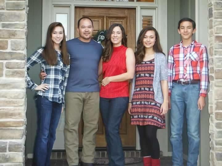 From left to right: Chloe, Joe, Tori, Caylea, and Josh Ingram