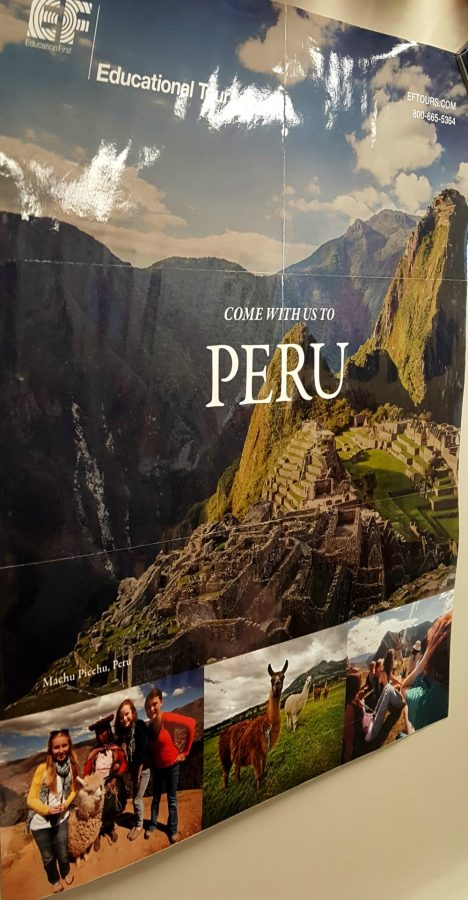 Poster+invites+students+to+come+to+Peru+in+2018.